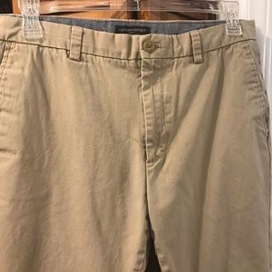 Banana Republic Men's Chino Khaki Pants